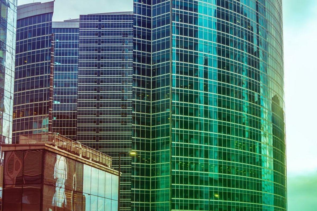 В башню Москва-Сити переедет крупнейший промышленный майнер